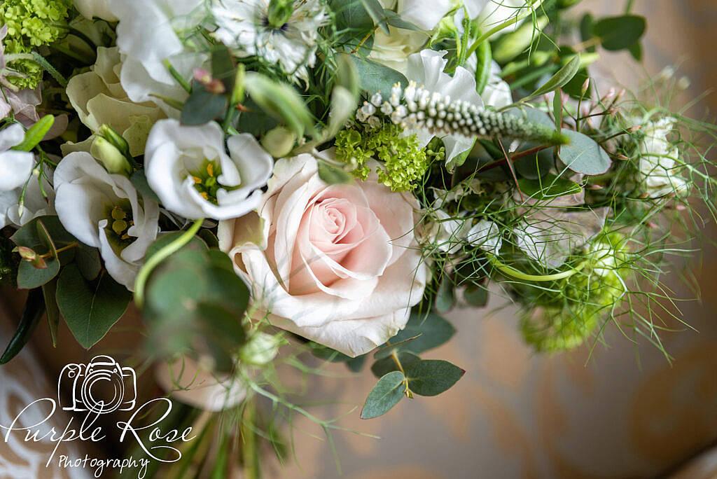 Close up of a bridal bouquet