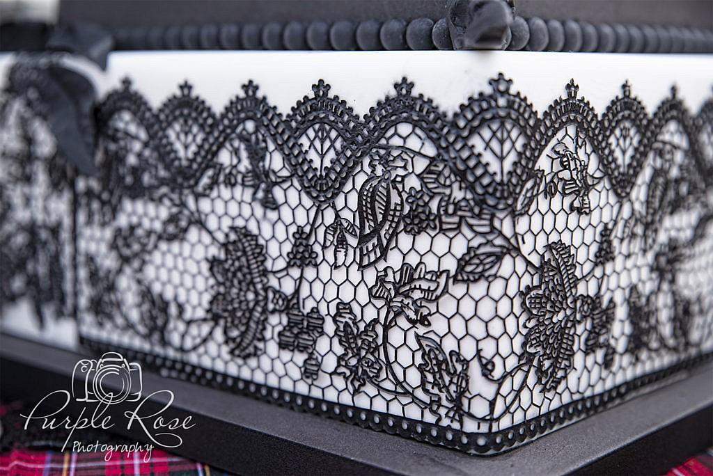 Gothic wedding cake details