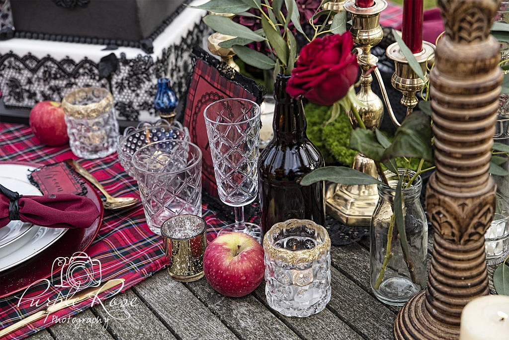 Gothic wedding table styling