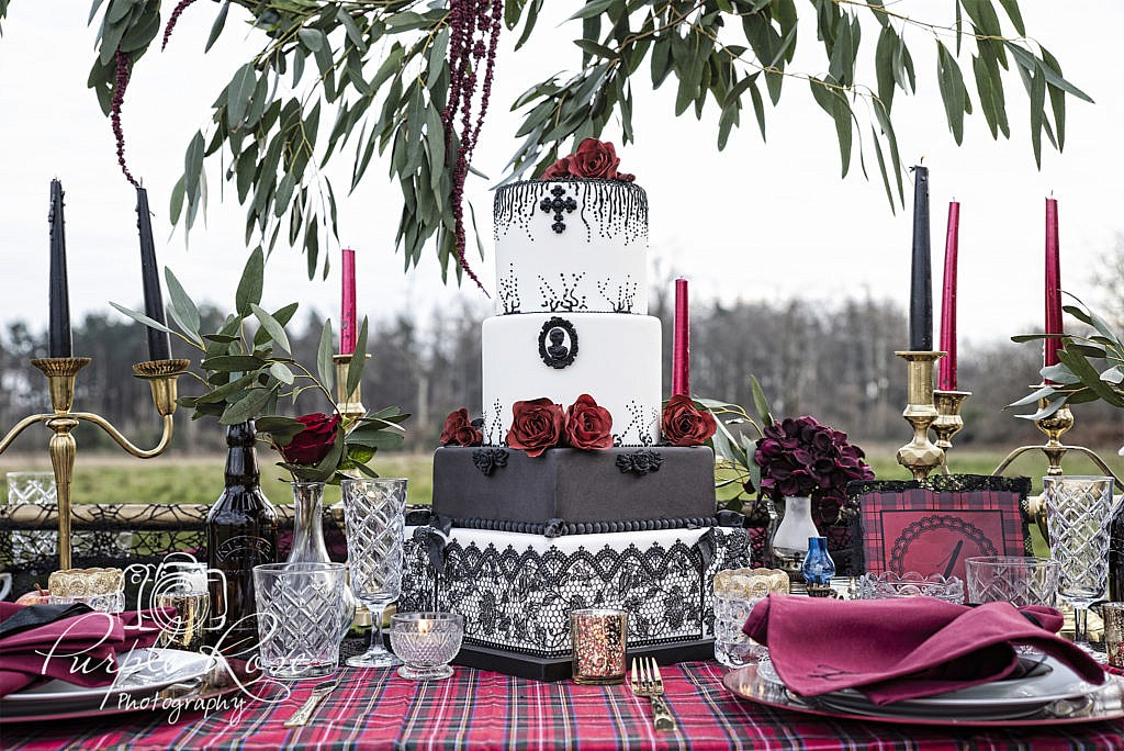 Gothic wedding cake and table setting