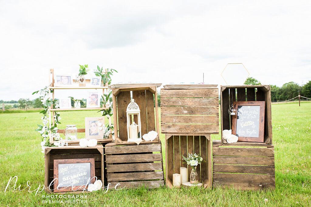 Wedding glitter station